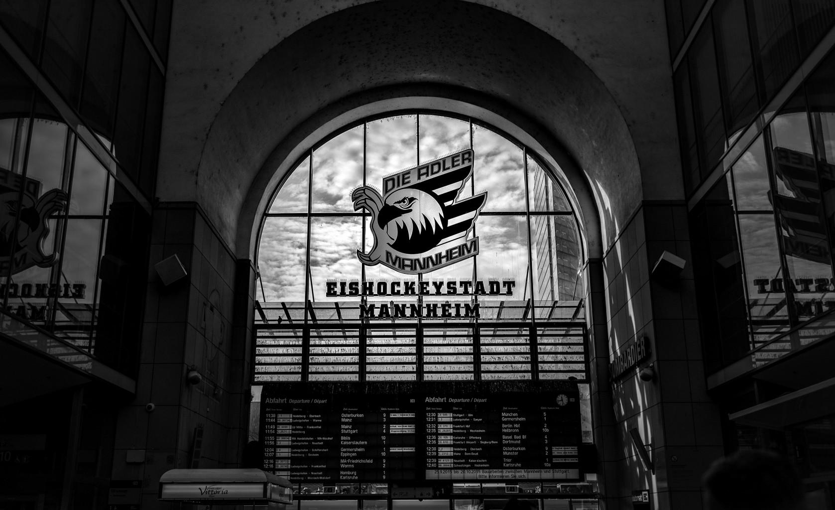 2015-10-03-Mannheim-L1003441 by Roger Schäfer.