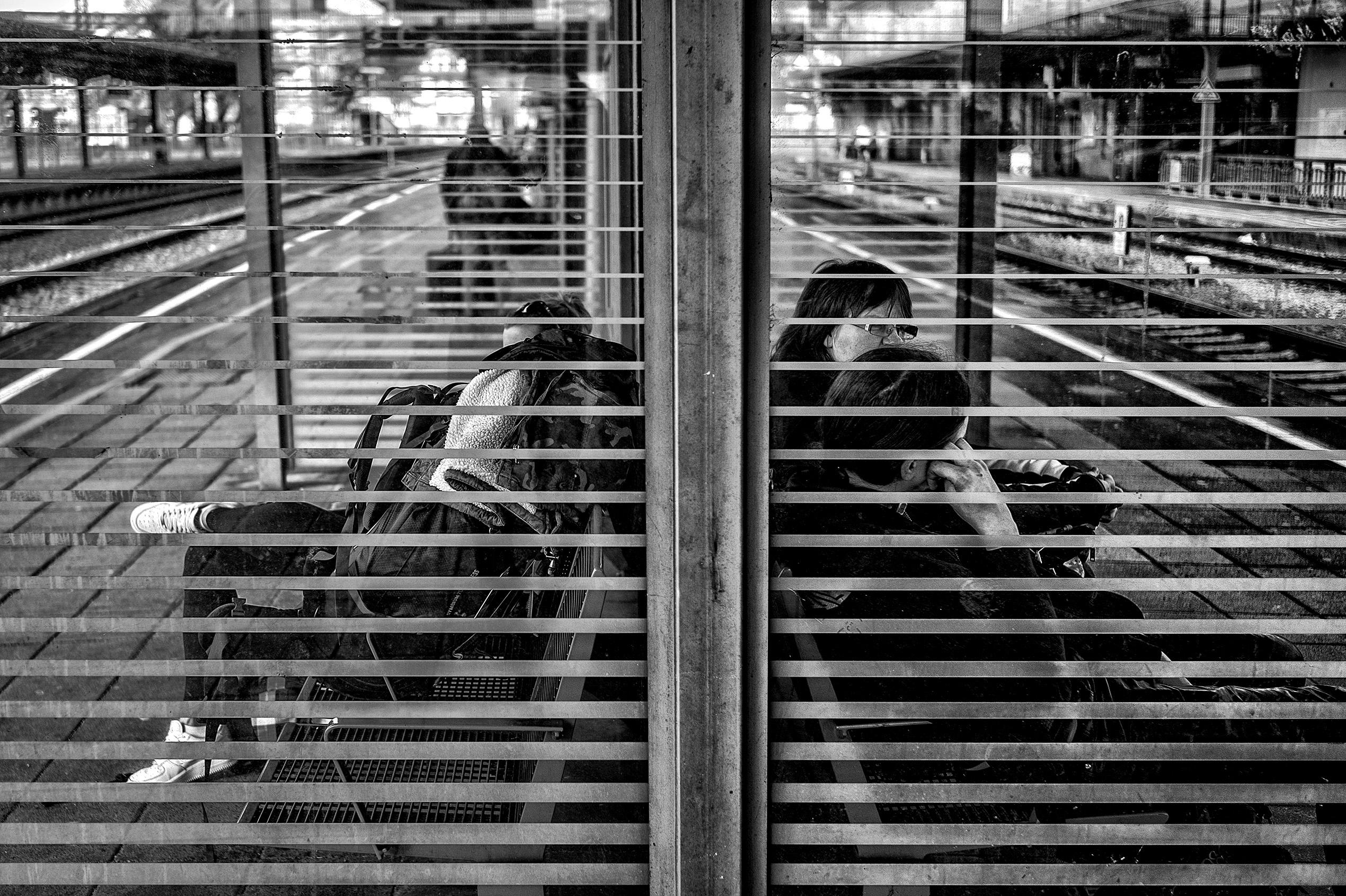 BahnhofWeinheim-1001483 by .